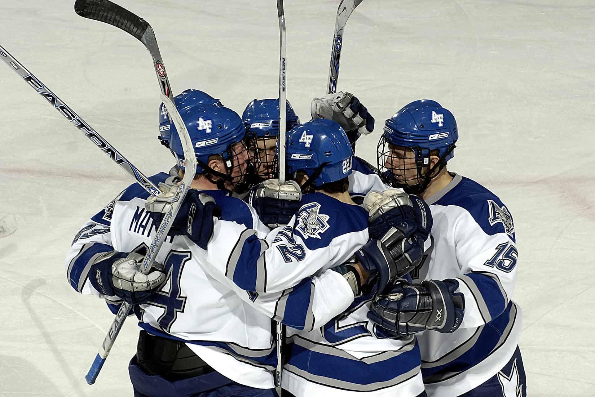 Ice Hokey Coach und Team